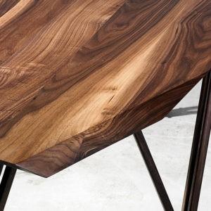 Sofabord i valnøddetræ