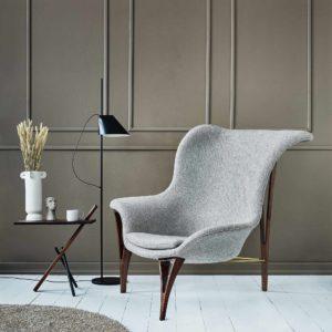 Noyer lænestol i grå uld