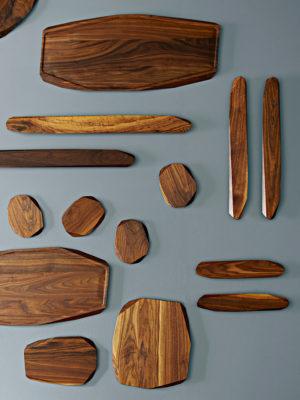 Skærebrætter, frokostbræt, smørebrætter og knivmagnet fra Noyer