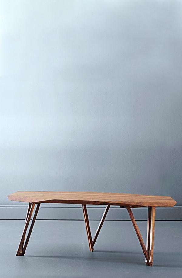Aflangt sofabord i valnød